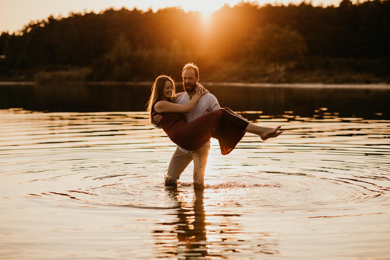 couple liefde water