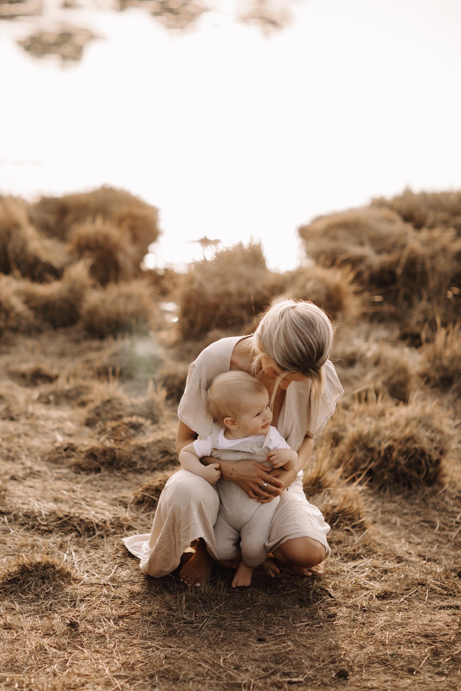 motherhood baby moederschap fotosessie