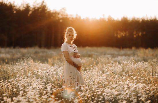 Zwangerschapsshoot zwangerschapssessie pregnancy maternity
